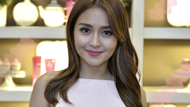 kathryn bernardo shares her best hair care and travel tips candy