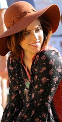 Look We Love: Jessica Stroup's Floppy Hat