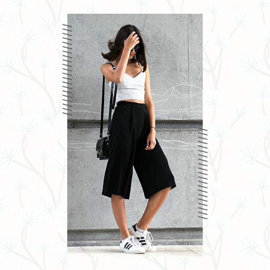 Culottes + White Sneakers Outfit 4