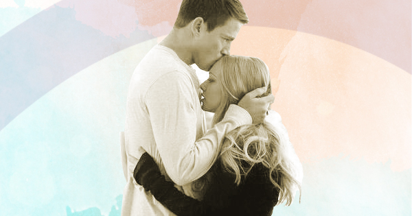 Channing Tatum and Amanda Seyfried hugging