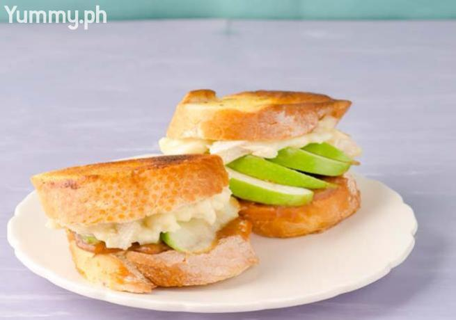 Caramel, Apple, and Brie Sandwich