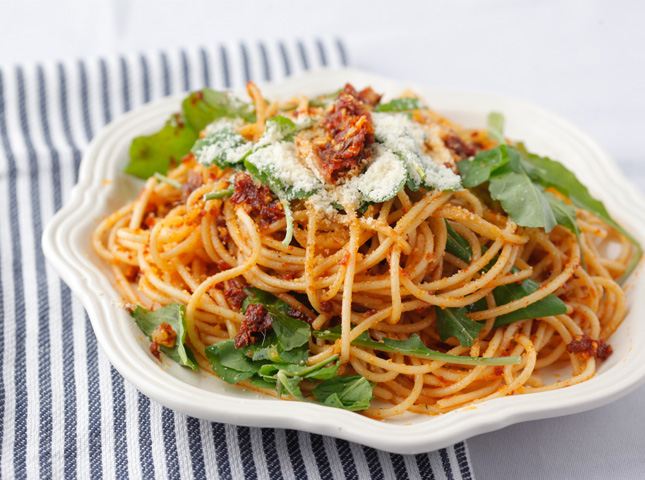 Spaghetti with Sundried Tomatoes and Anchovies