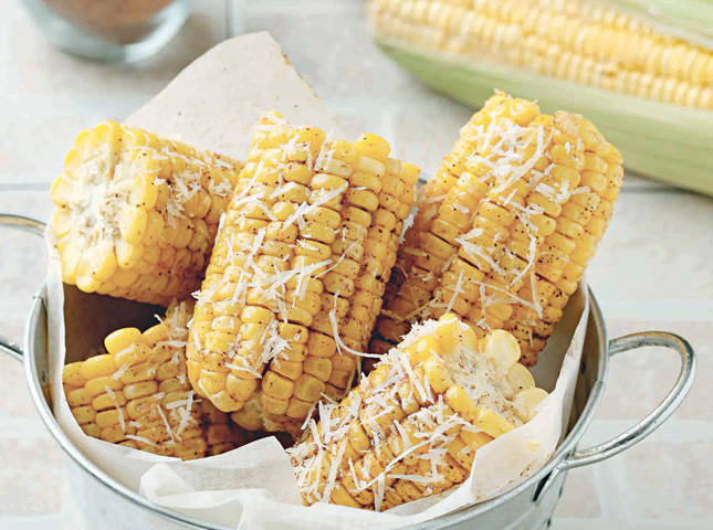 Spiced Corn on the Cob with Parmesan Cheese