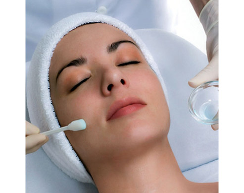 Chemical Peel from SkinTrends | Candymag.com