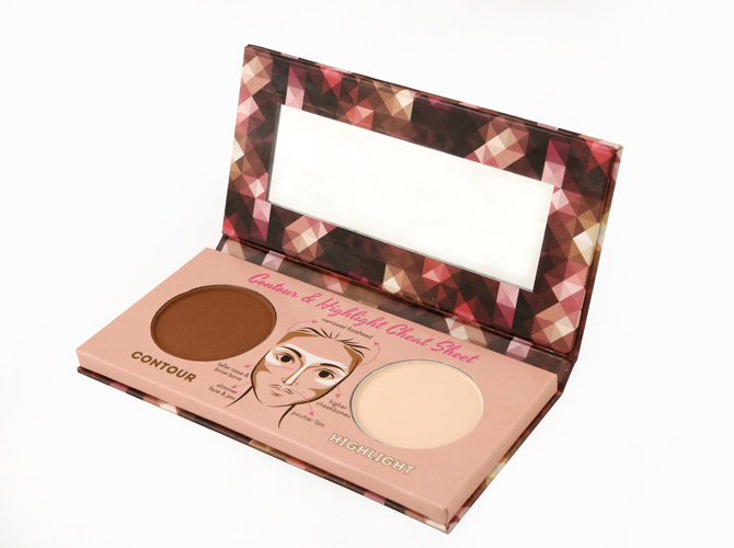 Apply The Highlighting Powder On Areas Where Light Usually Touches Then Use Contouring To Shape Your