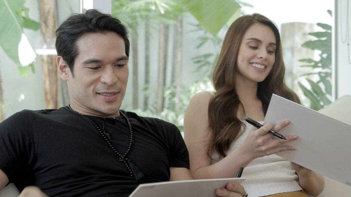 Pancho Magno And Max Collins Play 'Who's More Likely To?' Game