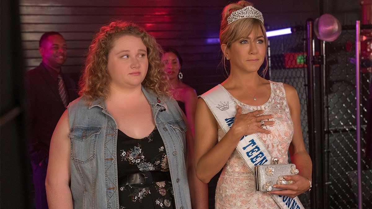 Netflix Film Dumplin' Stars Jennifer Aniston + Danielle ...
