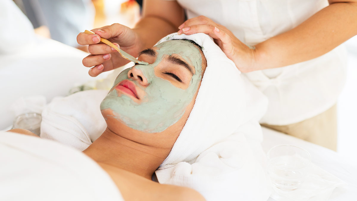 Best Anti-Acne Facials In the Philippines