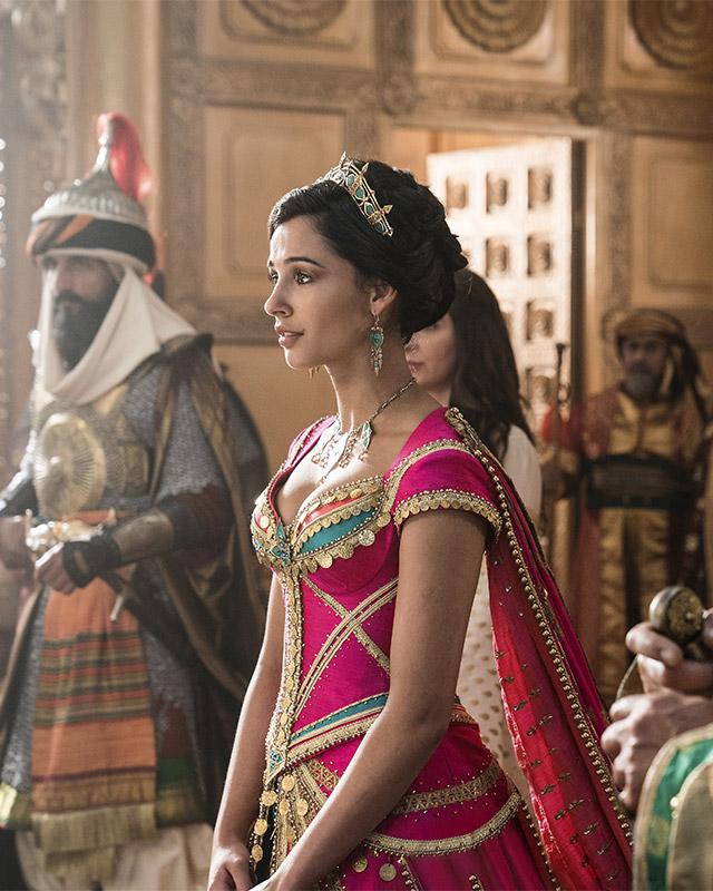 Breakdown Princess Jasmine S Wardrobe In The New Aladdin Movie