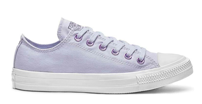 The Cutest Pastel Sneakers: Converse Chuck Taylor All Star Hearts