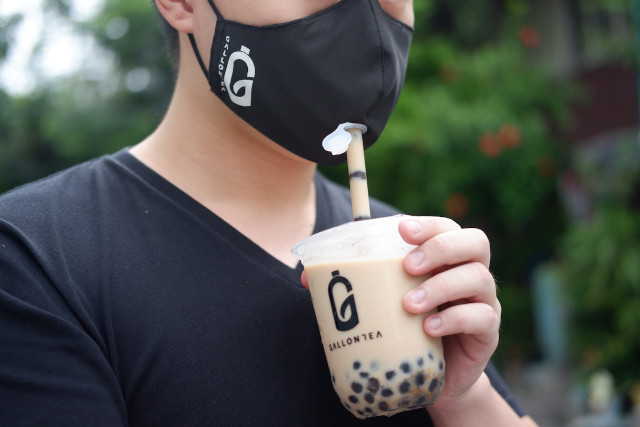 LOOK: Mask made for drinking milk tea