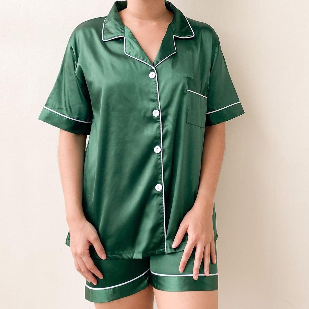 a comfy emerald pajama set