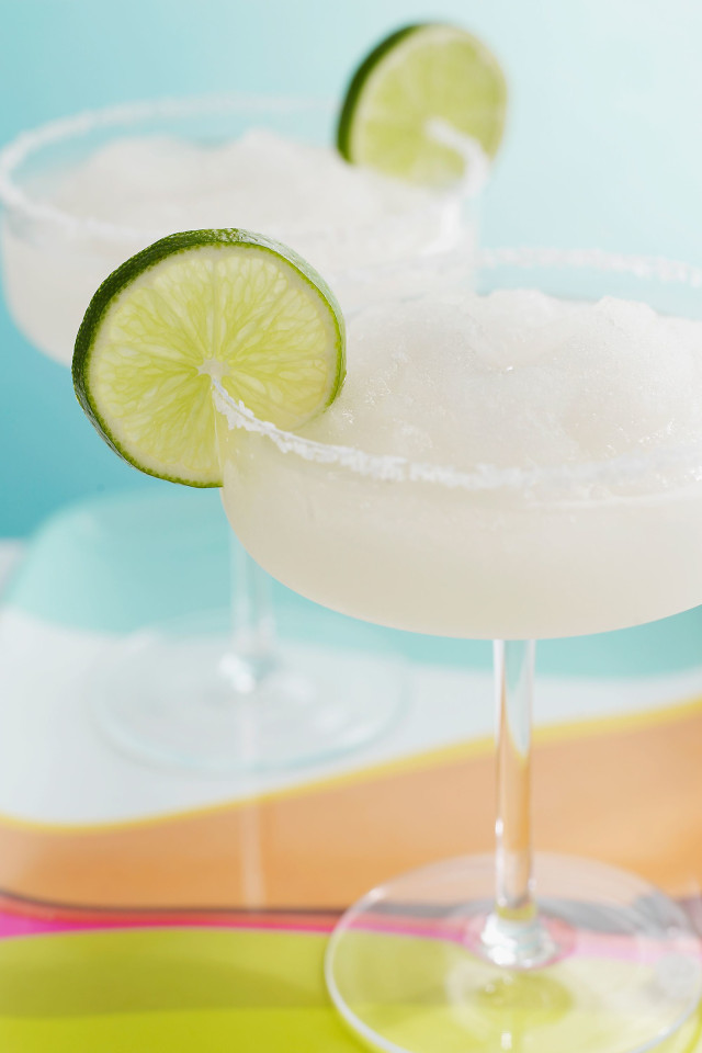 Alcohol Effects on Skin: 7 Drinks Ranked from Bad to Worst
