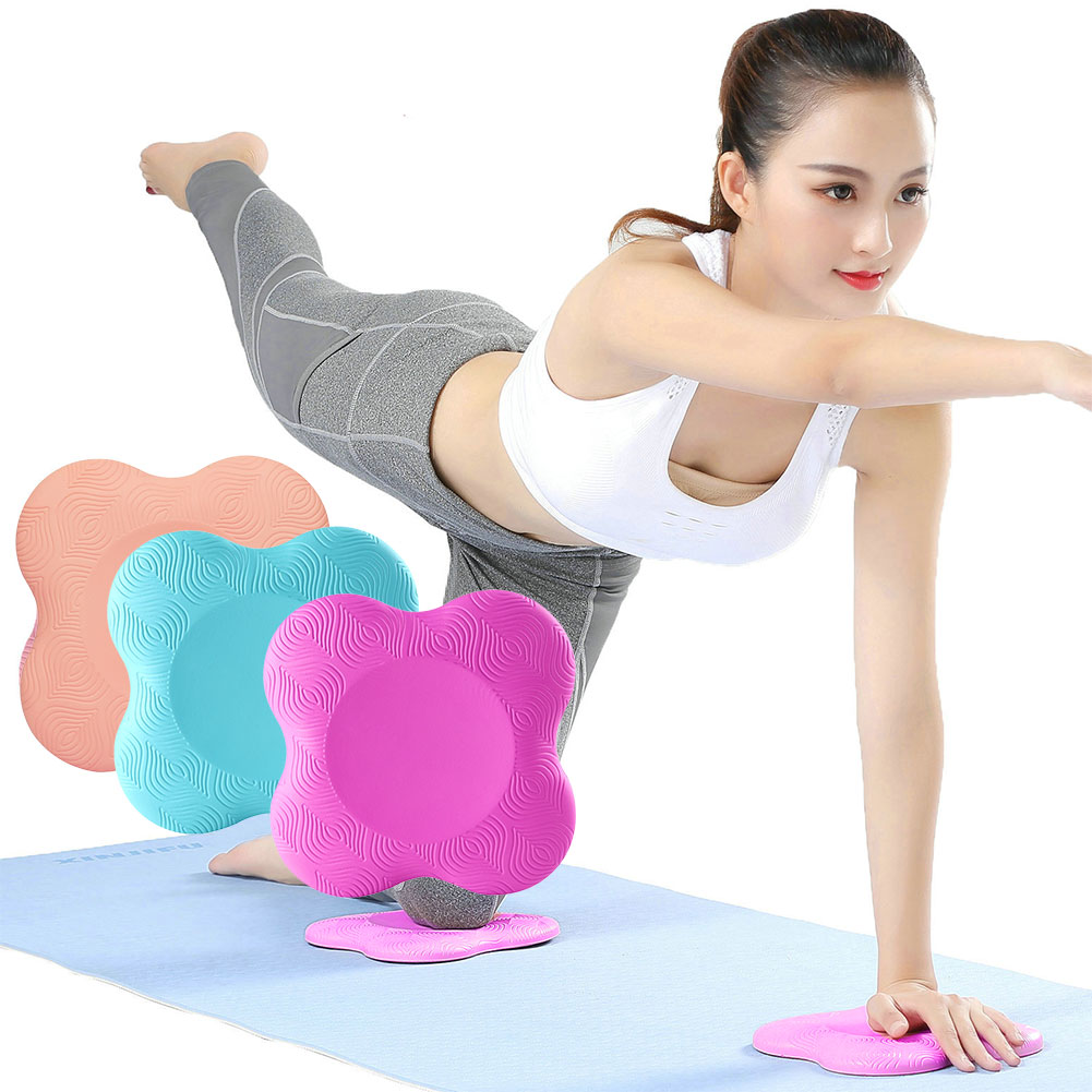 Flower-shaped exercise pads for elbows and knees