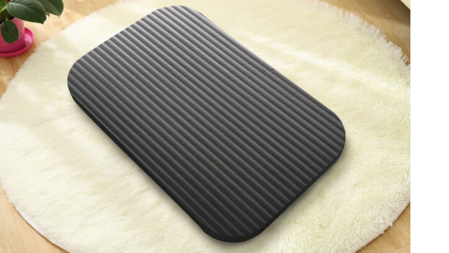 Black kneeling pad