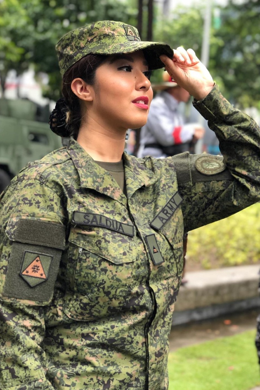 Pinay, Philippine Army