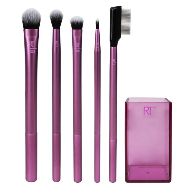 How to Smoky Eye Makeup: Makeup brushes