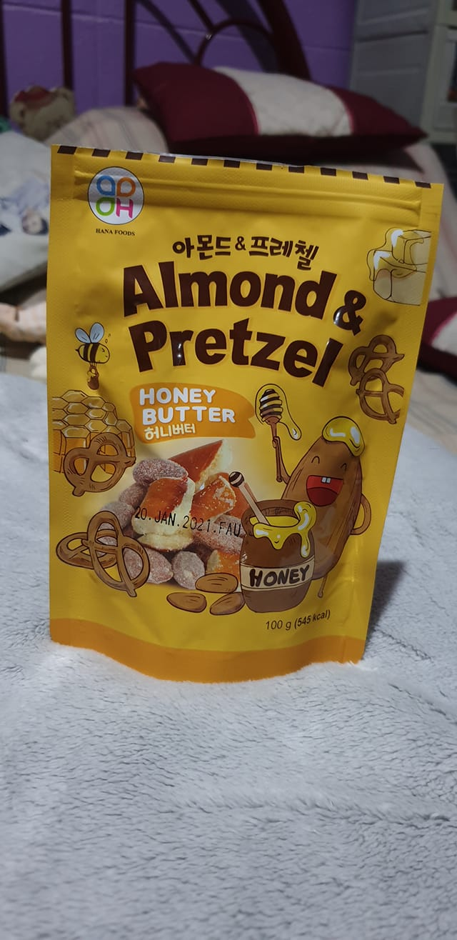 Almond & Pretzel Honey Butter snack