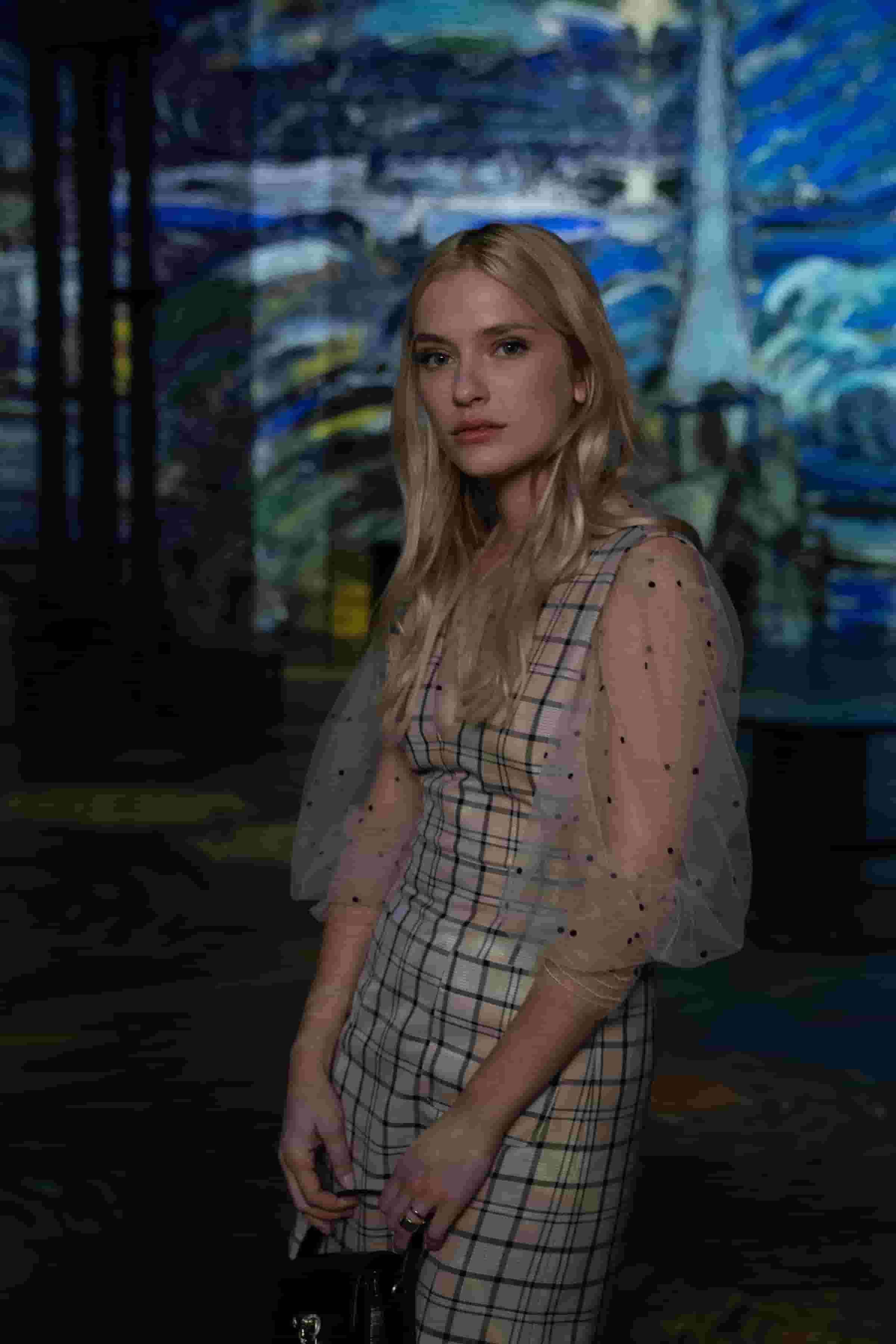 Camille Razat, Emily In Paris, Netflix