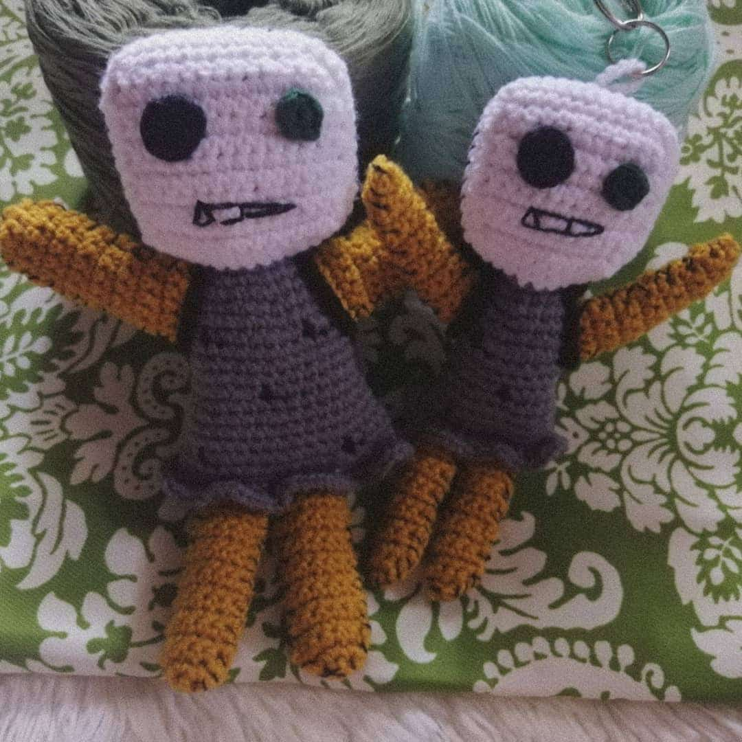 An It's Okay To Not Be Okay-inspired crochet doll and keychain
