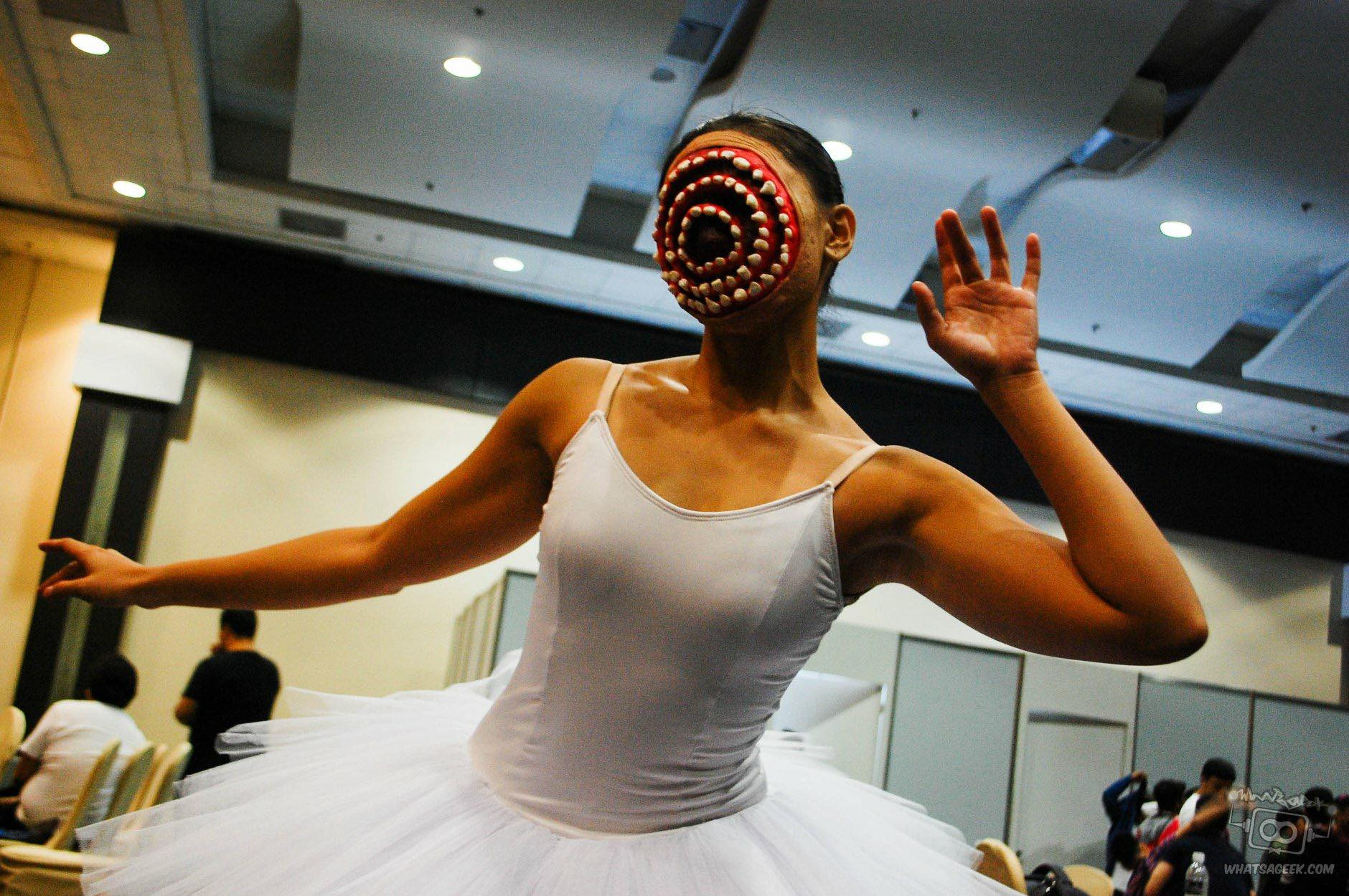 Ballerina Dentata halloween costume