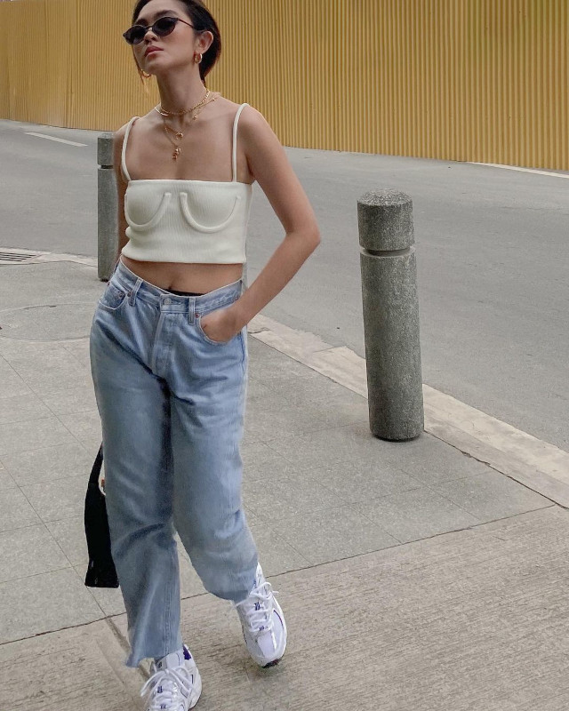Ida Anduyan Loose-Fitting Jeans Outfit