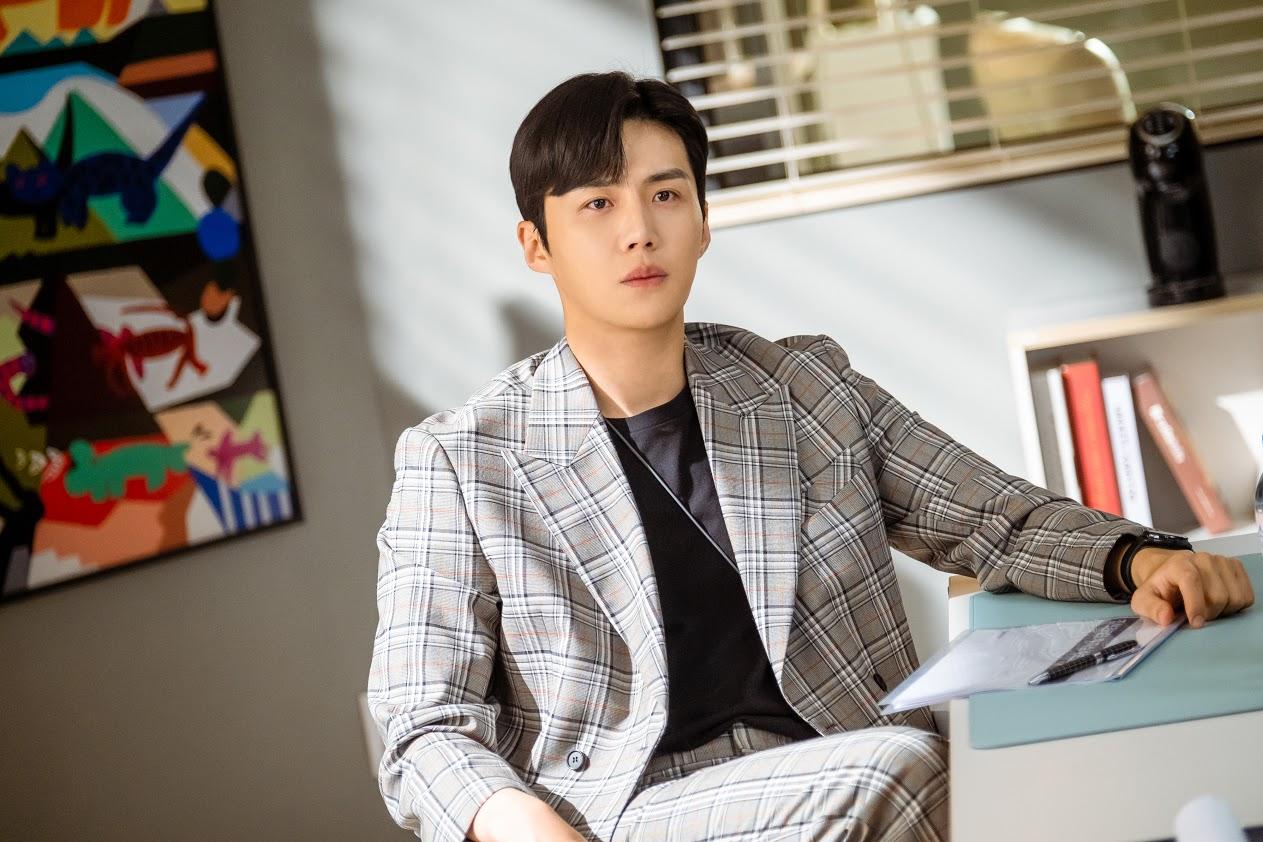 Kim Seon Ho in the K-dram 'Start-Up'