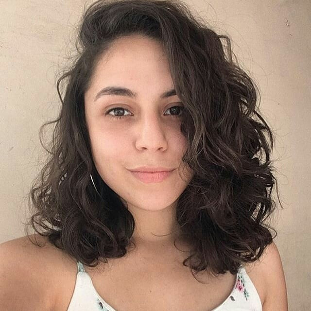 Best Blunt Cut Hairstyle: Wavy Lob