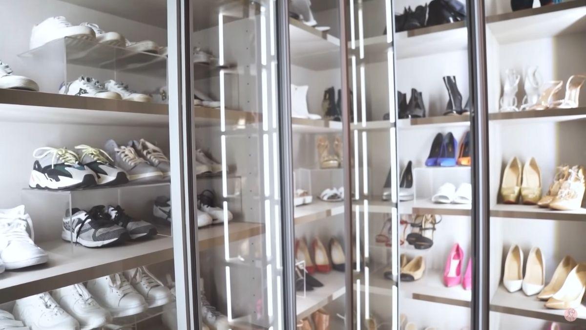Julia Barretto closet tour: shoe collection
