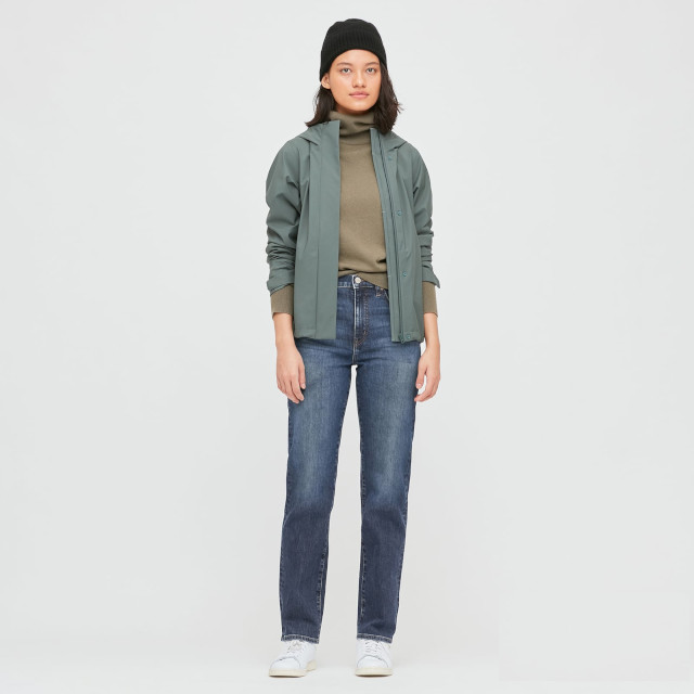 Uniqlo Women Straight-Leg High Rise Jeans