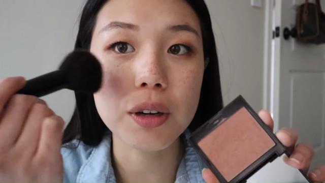 K-drama main character makeup tutorial: Neutral blush
