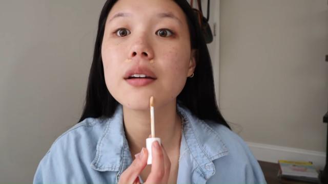 K-drama main character makeup tutorial: Concealer