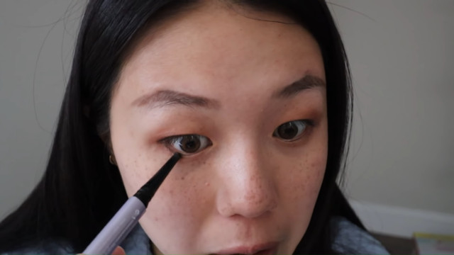 K-drama main character makeup tutorial: Eyeliner