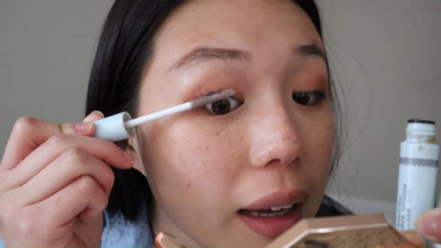 K-drama main character makeup tutorial: Lash primer