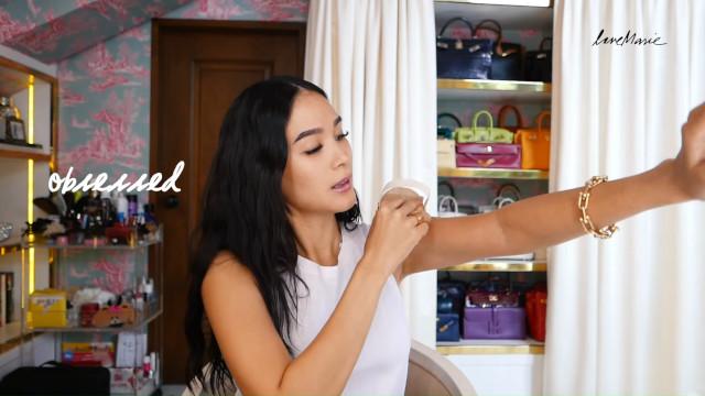 Heart Evangelista Skincare Routine: Dry brushing