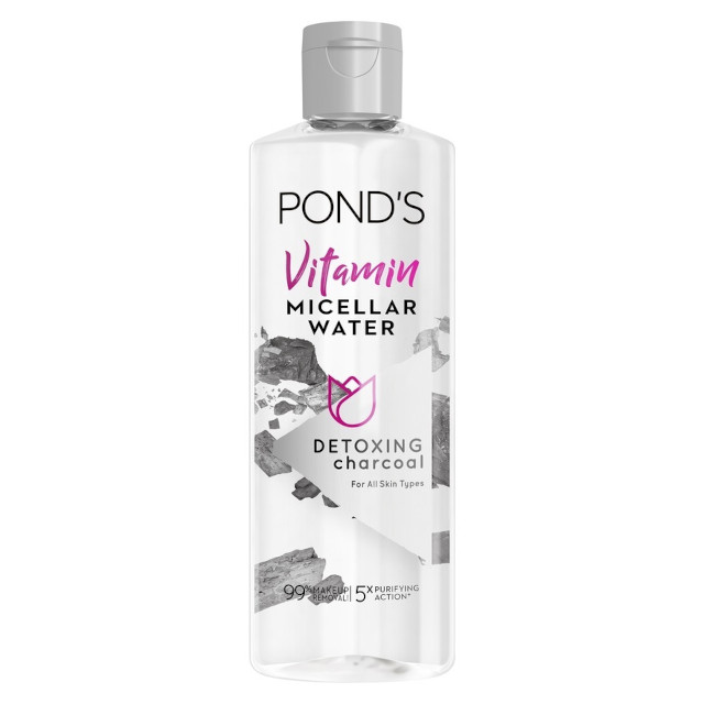 Pond's Micellar Water in Charcoal