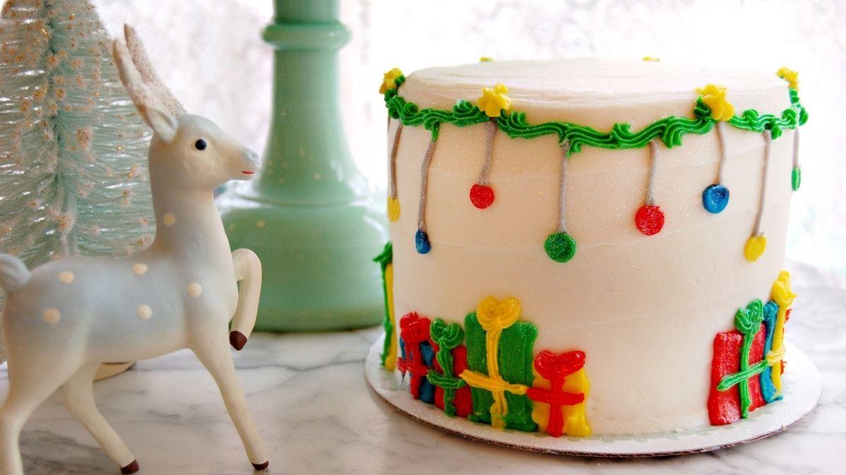 M Bakery's Christmas Cake