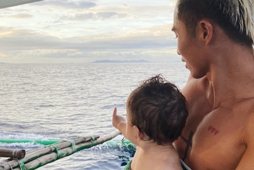 Happy Islanders: Andi Eigenmann, Philmar Alipayo, Ellie Eigenmann, and Lilo Eigenmann Alipayo goes to Batangas for a family vacation