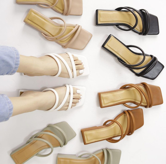 Crizia Minimalist Sandals