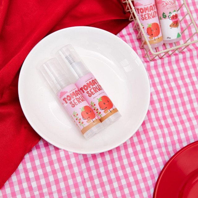 Best Face Serum Under P500: SkinPotions Tomato Serum