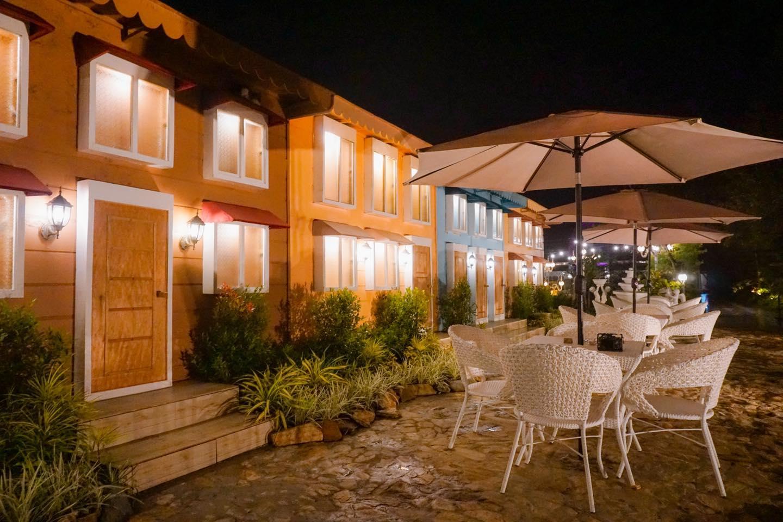 Atinous Cafe, Tagaytay, Philippines