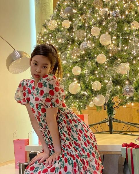 blackpink jennie kim outfit