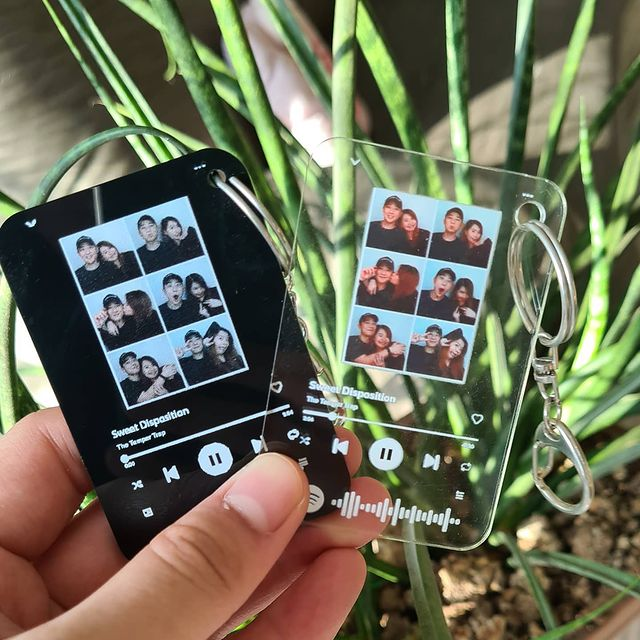 Morii - @morii_ph - Cute keychains with Spotify codes
