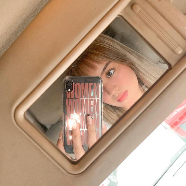 Pamela Andres Instagram Pose: Car mirror selfie