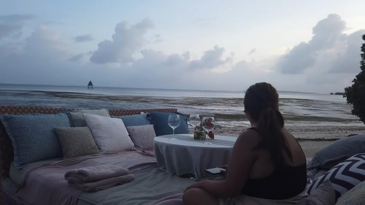 Rei Germar Siargao vlog: watching the sunset at Nay Palad
