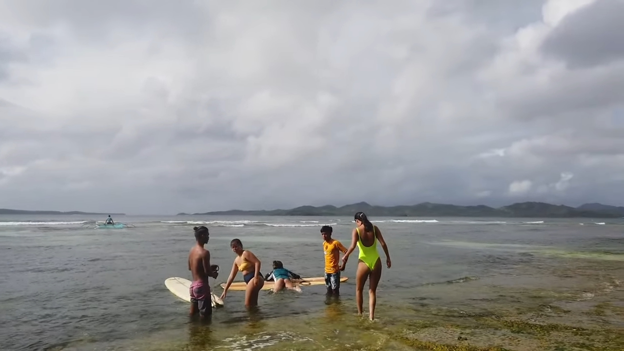 Rei Germar Siargao vlog: Learning how to surf