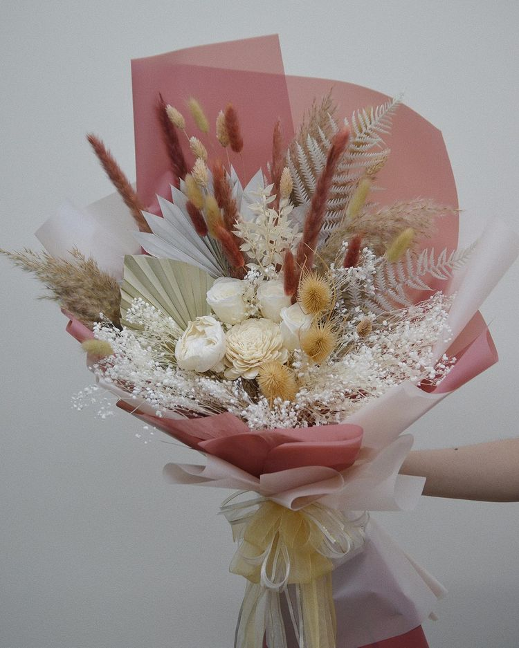 Dried flowers from online store Wildfleur