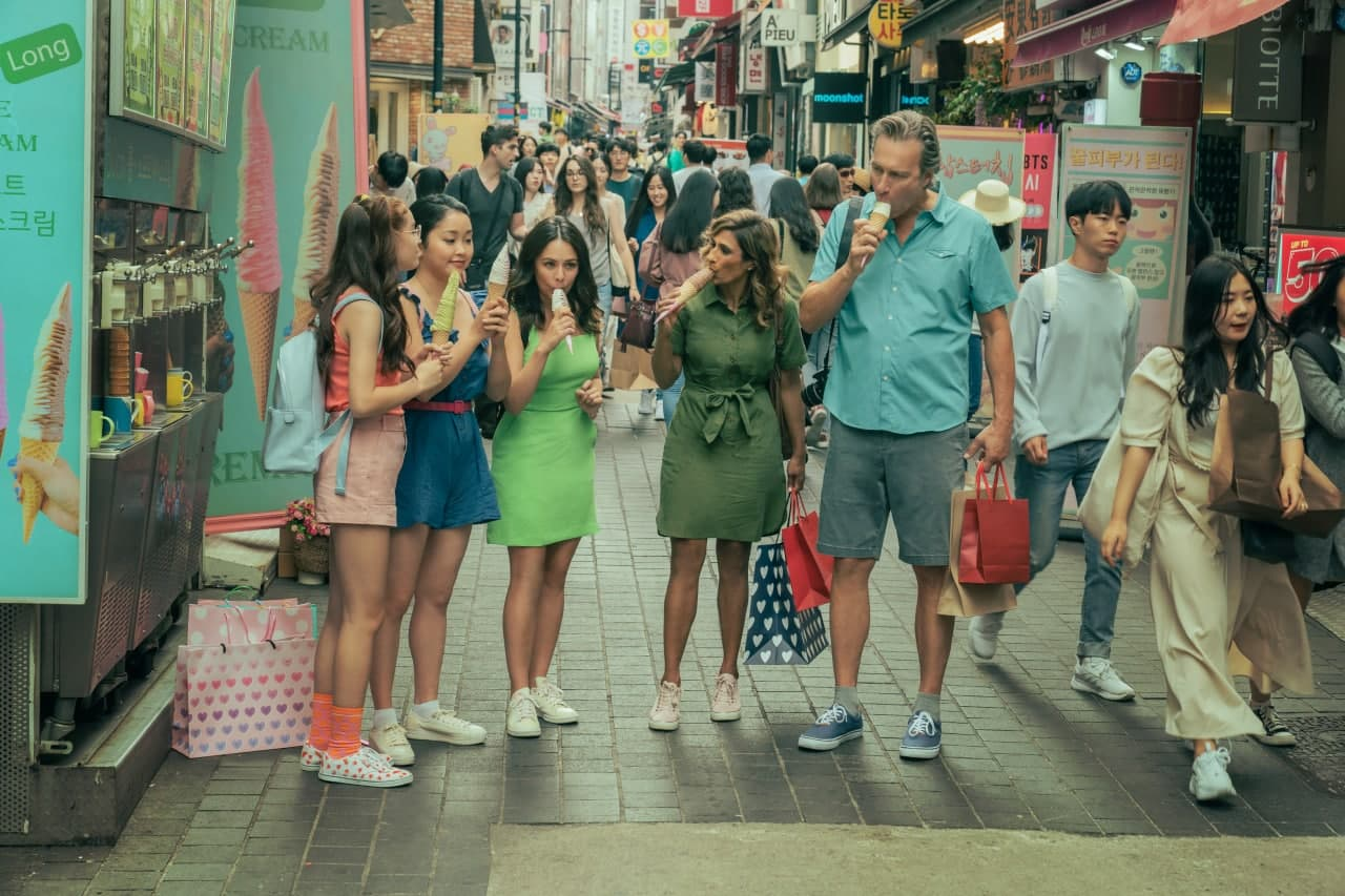 The Song-Covey fam in Myeongdong
