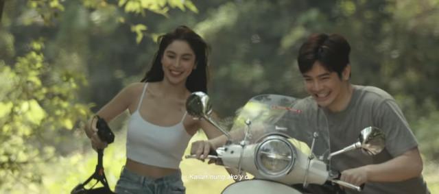 Julia Barretto and Joshua Garcia in Moira Dela Torre's 'Paubaya' music video (motorcrycle scene)