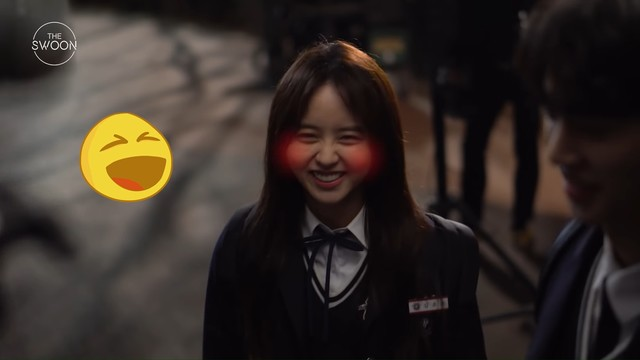 kim so hyun blushing